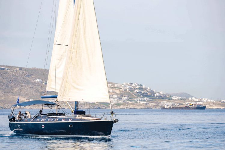 Luxury Sailboat 56′ Aiolis