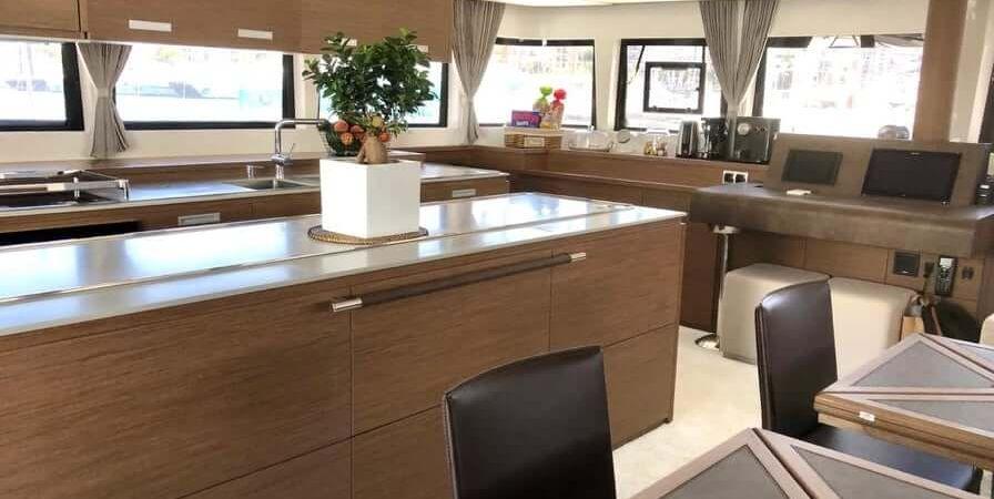 Salon&kitchen1
